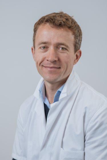 Dr C Catier, chirurgien orthopédique Rennes : genou, hanche