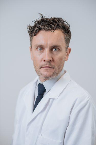 Dr W Fontaine, chirurgie à Rennes : coude, épaule, poignet, main